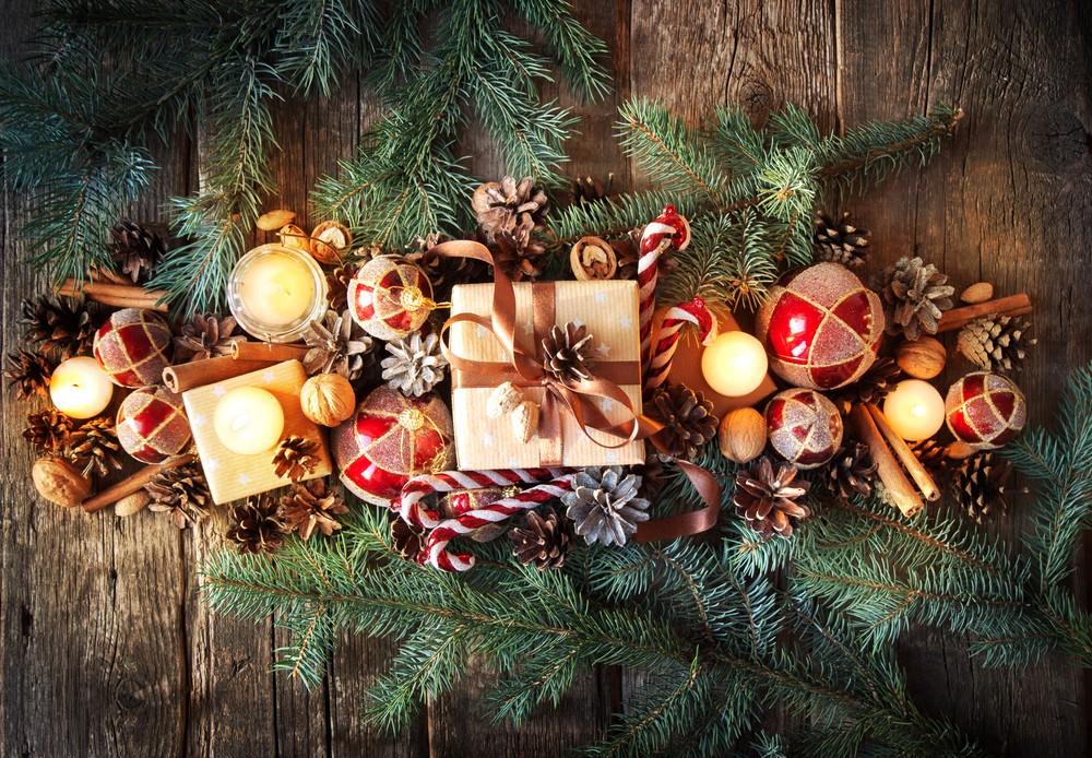 Украшение елки на новый год 2018