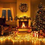 Красивый новогодний камин и елка