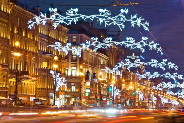 Невский проспект на новый год 2019