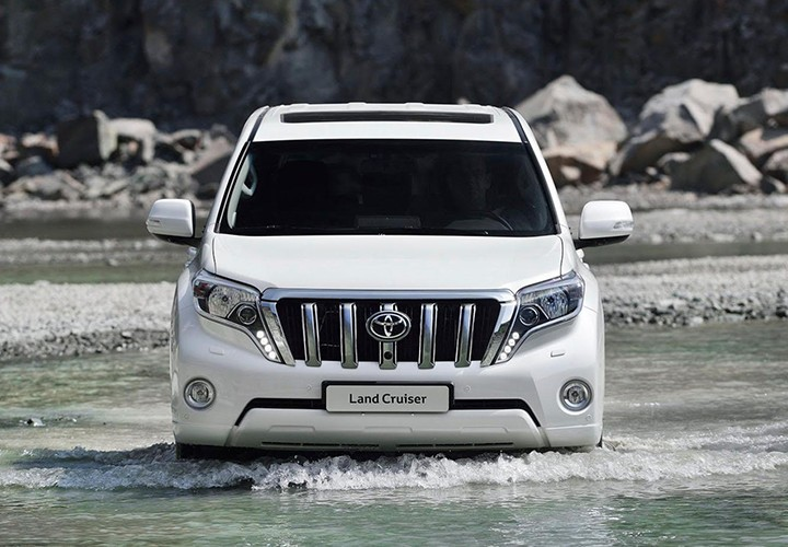 Toyota Land Cruiser Prado 2018: фото