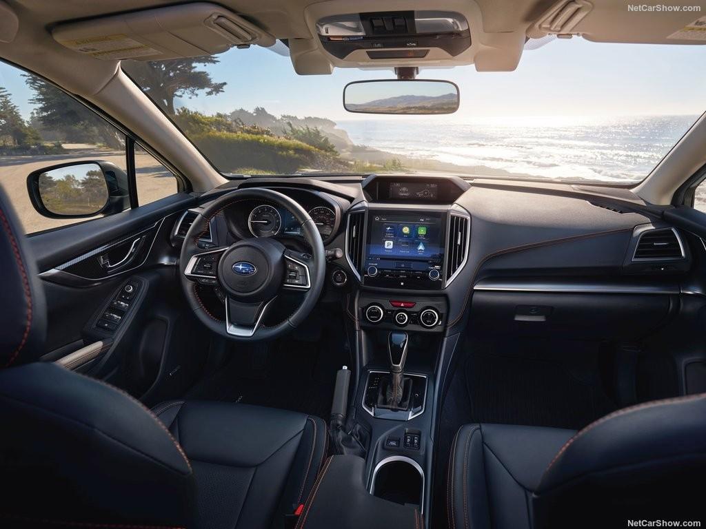 Интерьер Subaru Crosstrek 2018
