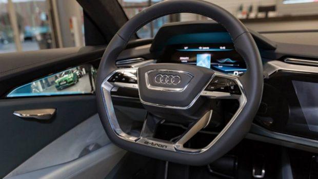 Дизайн интерьера Audi E-Tron Quattro 2018 года