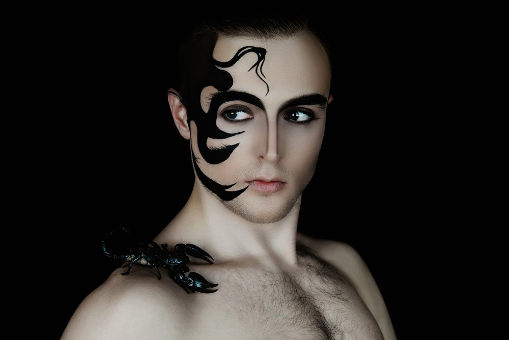 смотреть гороскоп мужчины скорпиона