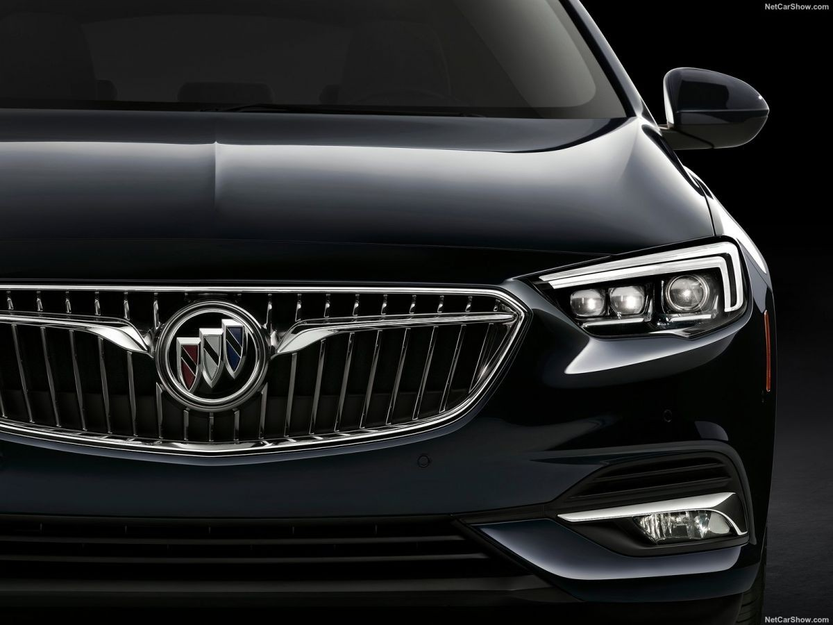 Buick Regal 2018