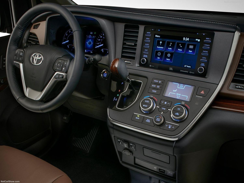 Дизайн Toyota Sienna 2018 года