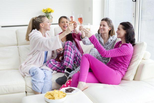 Пижамная вечеринка на выпускной 2018