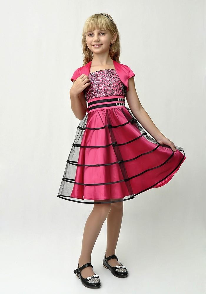 красивые новогодние платья для девочек 2019-2020: платье трапеция розовое с юбкой фатином