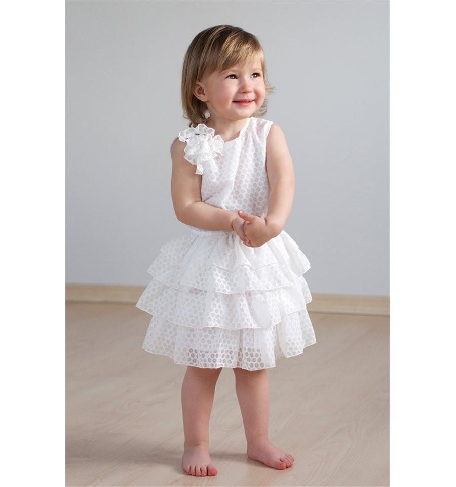 красивые новогодние платья для девочек 2019-2020: платье с воланами белое без плеч