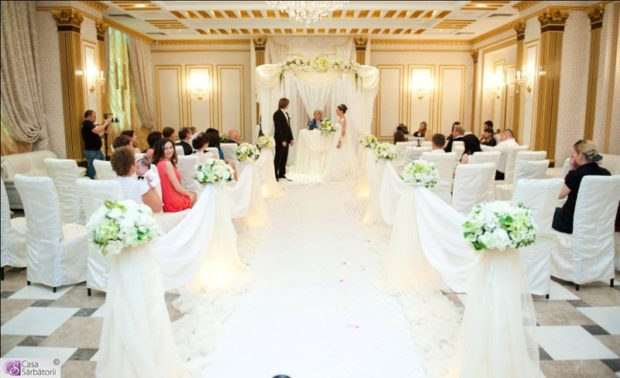 модные свадьбы 2018 роскошная свадьба золото с белым