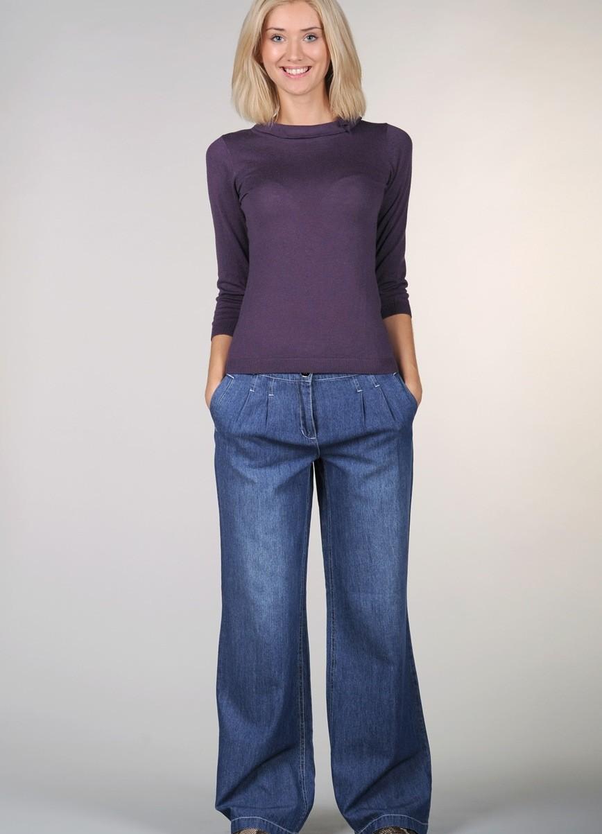 модные луки лето 2018 широки джинсы под кофту