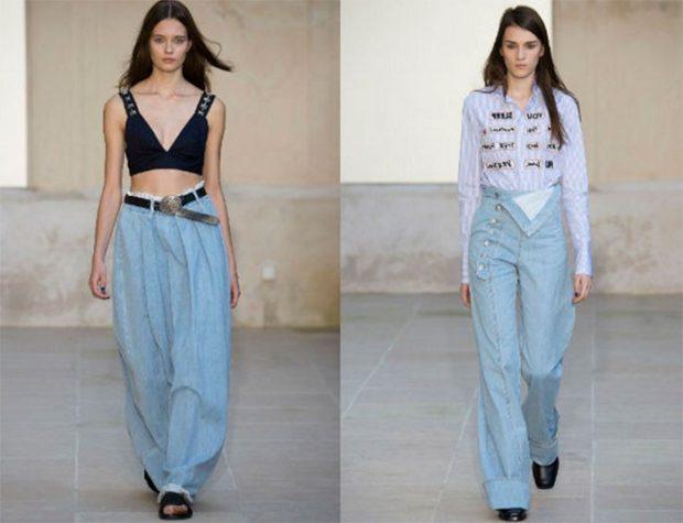 модные луки лето 2018 широки джинсы голубые под пояс с пуговицами