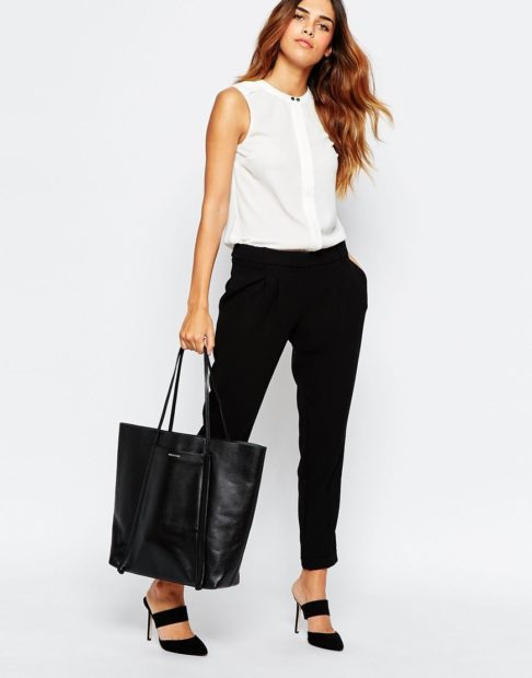 модные луки весна 2019 черные брюки белая блуза под каблук