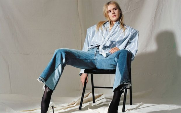 модные луки весна 2019 джинсы под рубашку
