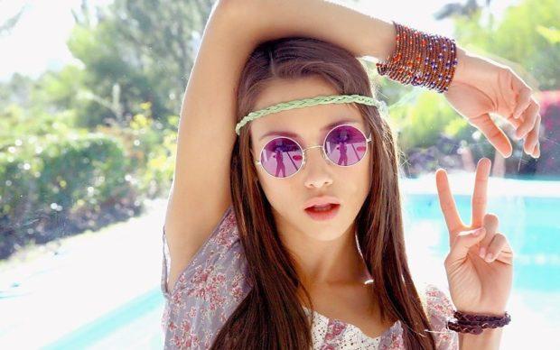 модные очки от солнца 2018: круглые фиолетовые хиппи
