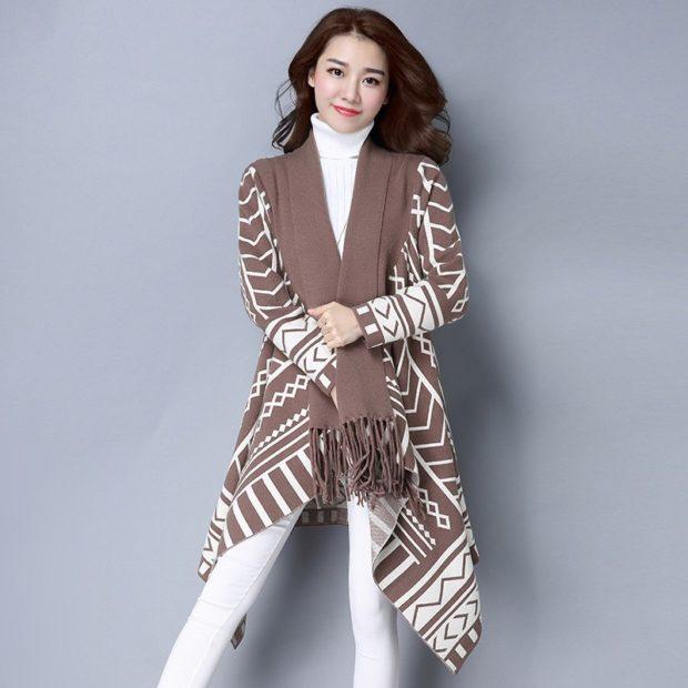 модные кардиганы женские 2019-2020: коричневый с белым восточный стиль