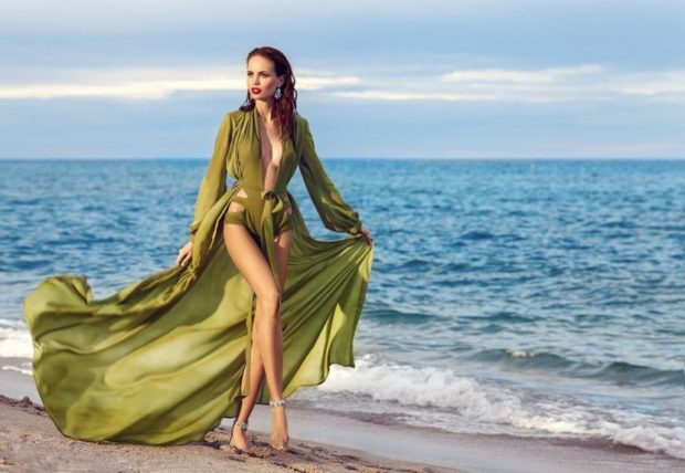 модные купальники 2018: накидка на купальник зеленая длинная