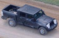 Новый внедорожник Jeep Wrangler Pickup 2018 года