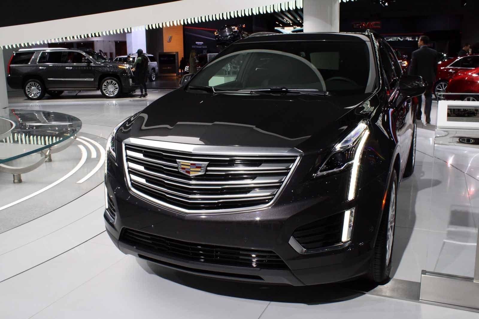 Смотри Cadillac Escalade 2018 года