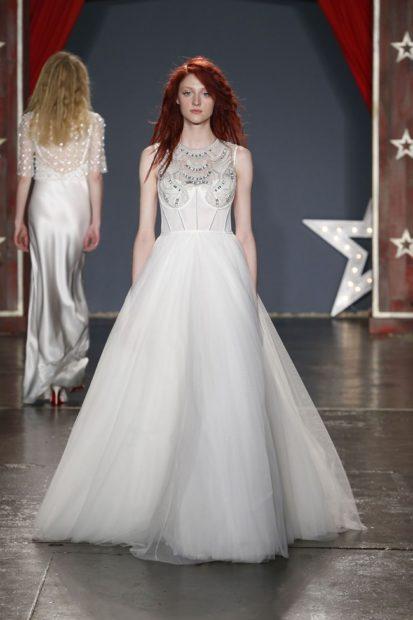свадебные коллекции Elie Saab 2018 пышная юбка кружевной верх