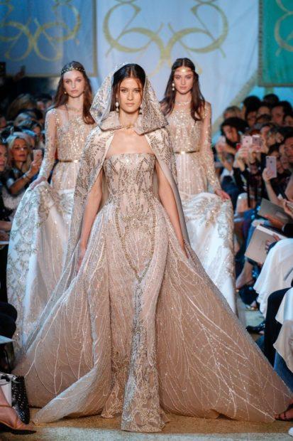 Свадебная коллекция Elie Saab 2018 в пол с хвостом