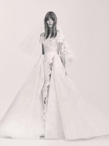 Свадебная коллекция Elie Saab 2018 платье пышная юбка короткая фата