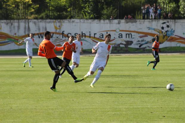 футбольный чемпионат Армении