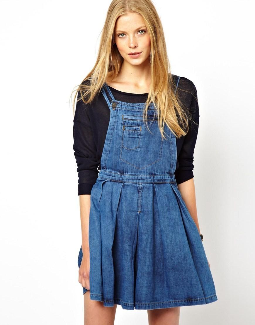 женская мода весна лето 2019: сарафан джинсовый под кофту