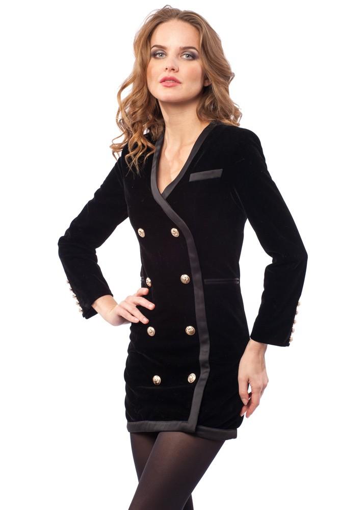 женская мода весна лето 2019: платье пиджак черное с пуговицами