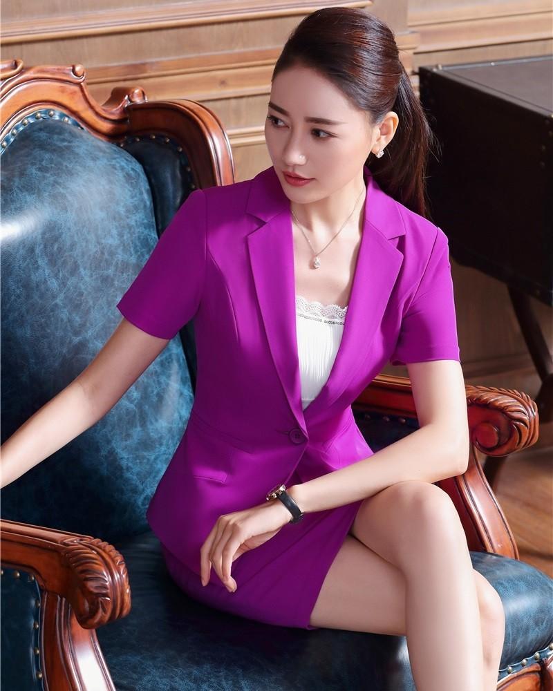 модная одежда 2019-2020: костюм юбка пиджак сиреневые рука короткий