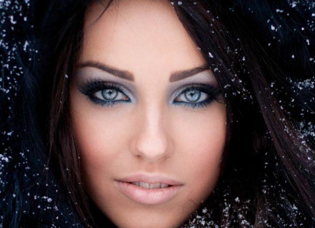 модная зима 2019-2020: яркий макияж