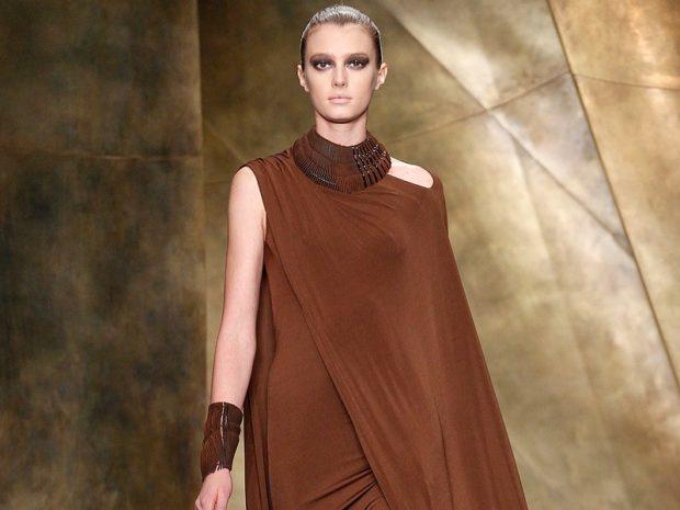 модные цвета лето 2019: платье коричневое