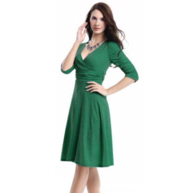 модные цвета осень 2019: платье зеленое юбка солнце рукав 3/4