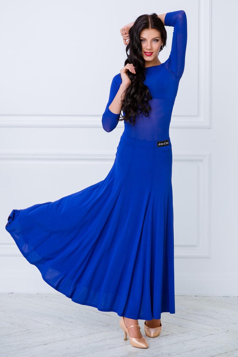 модные цвета весна 2018: синее платье