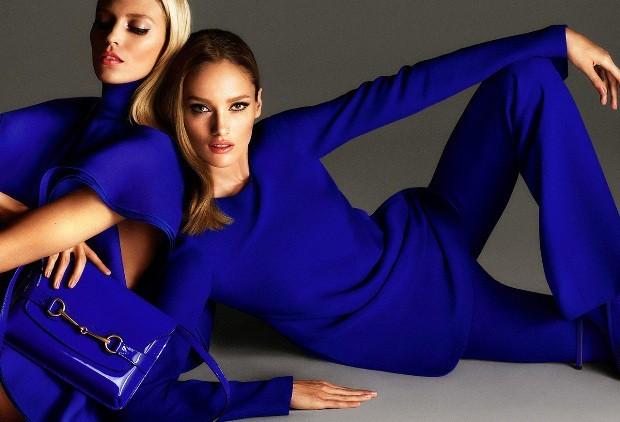 модные цвета 2018: синий лук костюмы брючные