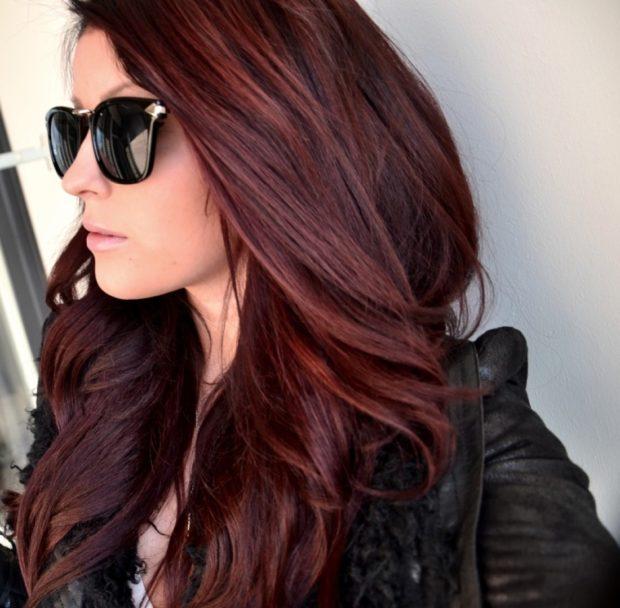 модные цвета волос 2018: коричнево-бордовый