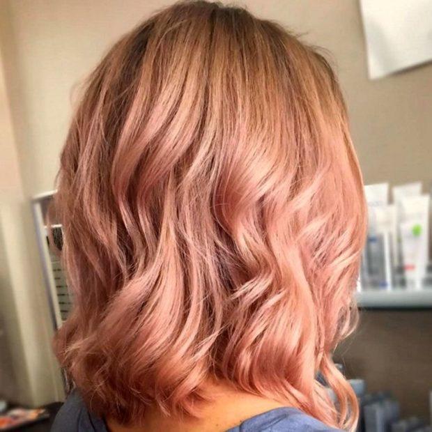 Модные цвета волос в 2018 году: клубничный болнд