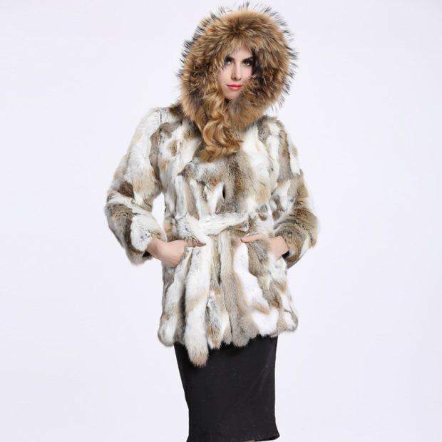 модные женские шубы 2019-2020: шуба коротка из кроля с поясом