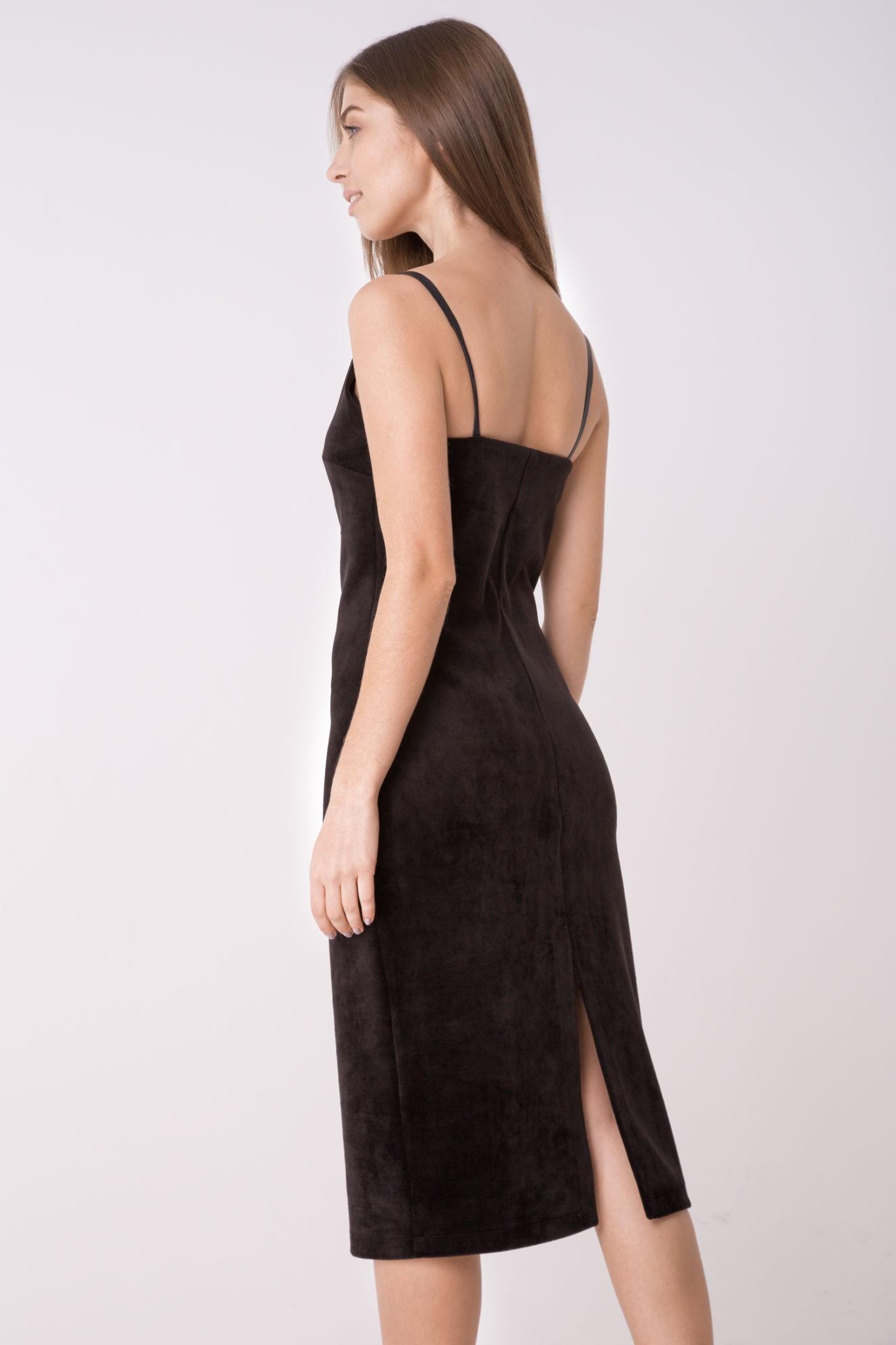 Модные женские платья сезона Осень-2018: сарафан бархатный черный с разрезом