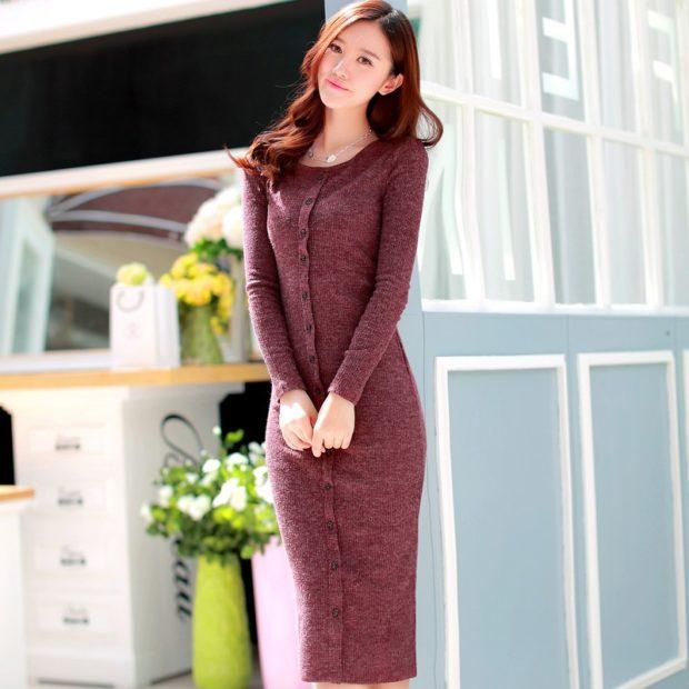 модные женские платья осень 2019: длинное узкое коричневое с пуговицами