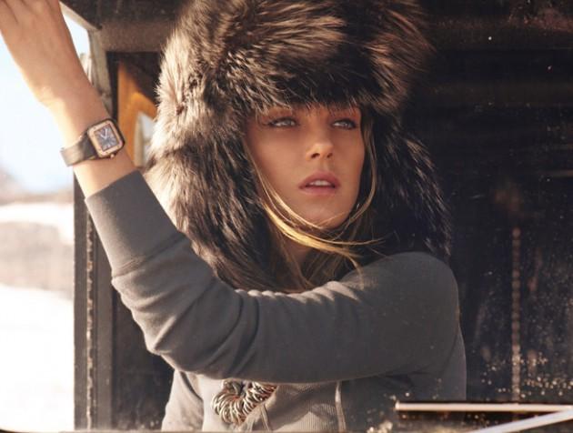 модные меховые шапки: с длинным мехом ушанка серая с черным