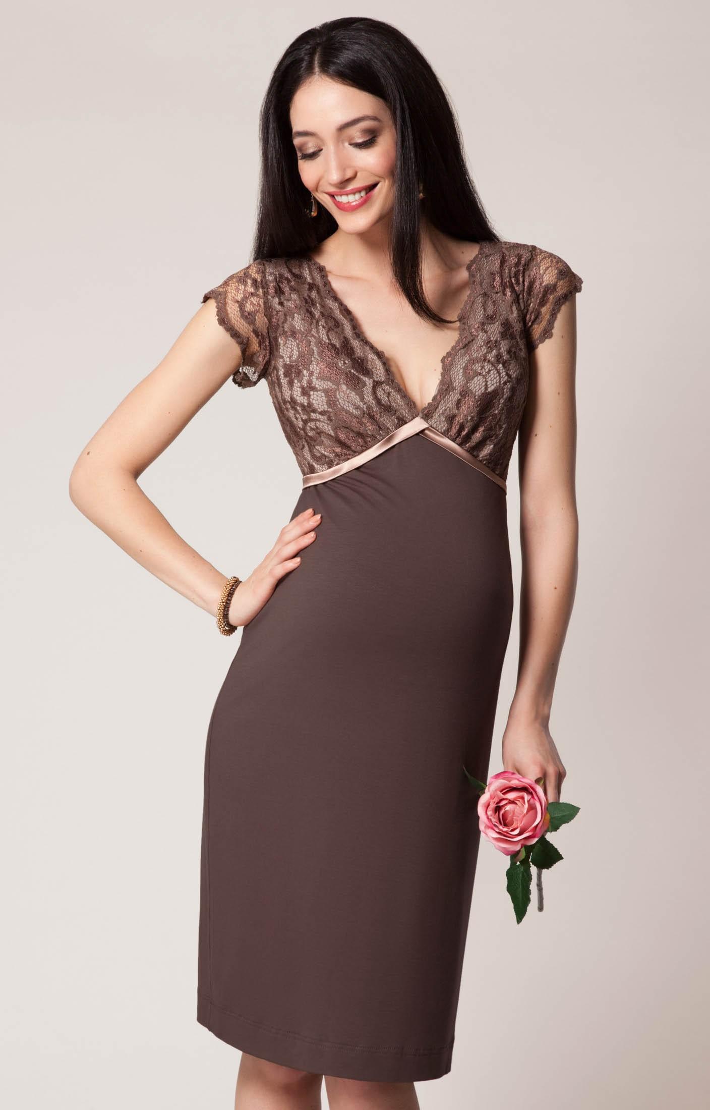 платья 2018 фото: платье коричневое с кружевами