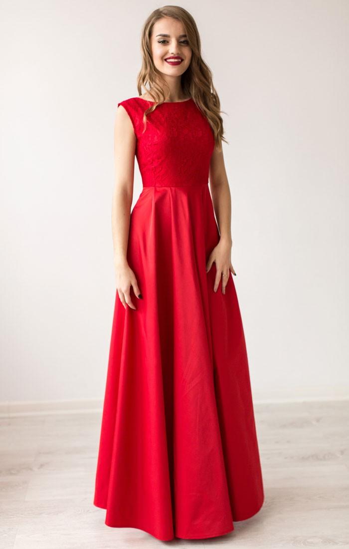 Платья на выпускной 2018 года: А-силуэт красное в пол без плеч