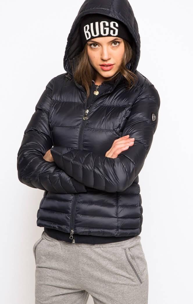 Модные пуховики 2018 года: куртка короткая спортивная