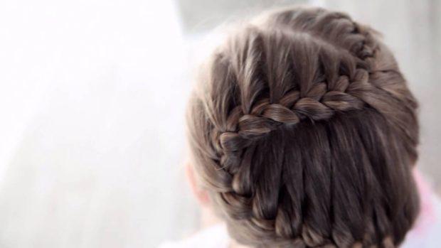 модные стрижки на длинные волосы 2019-2020: коса змейка