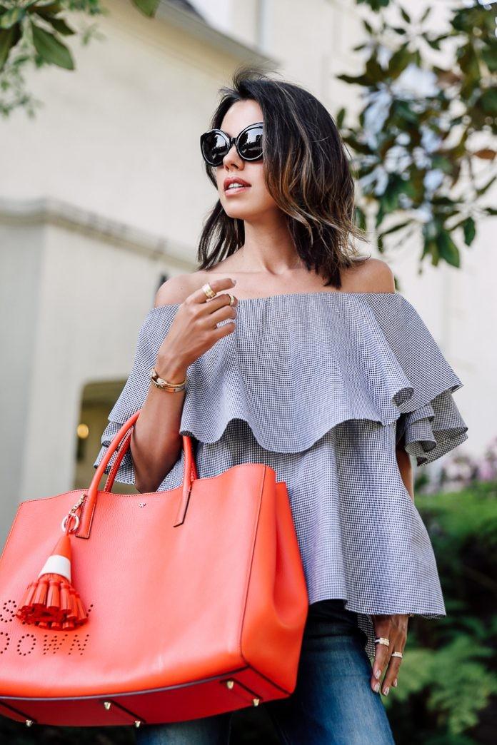 модные женские сумки 2018: огромные сумки красная короткие ручки