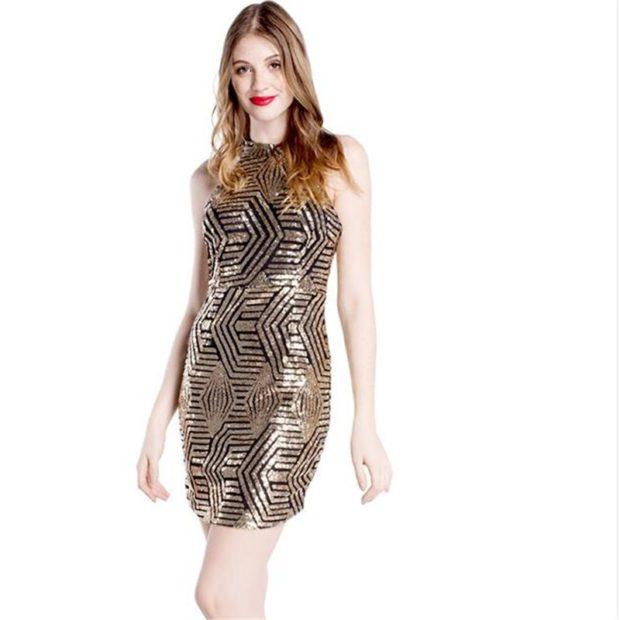 Модные тенденции 2019-2020 года: платье серебристое