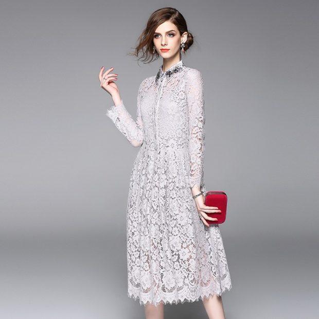 Модные вечерние платья 2019-2020 года: платье белое кружевное серое рукав длинный