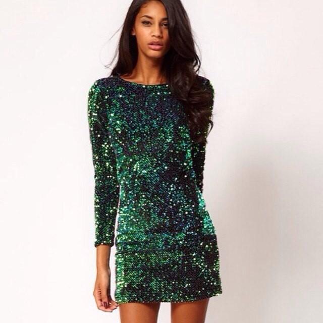 модные вечерние платья 2019-2020: платье зеленое в пайетки