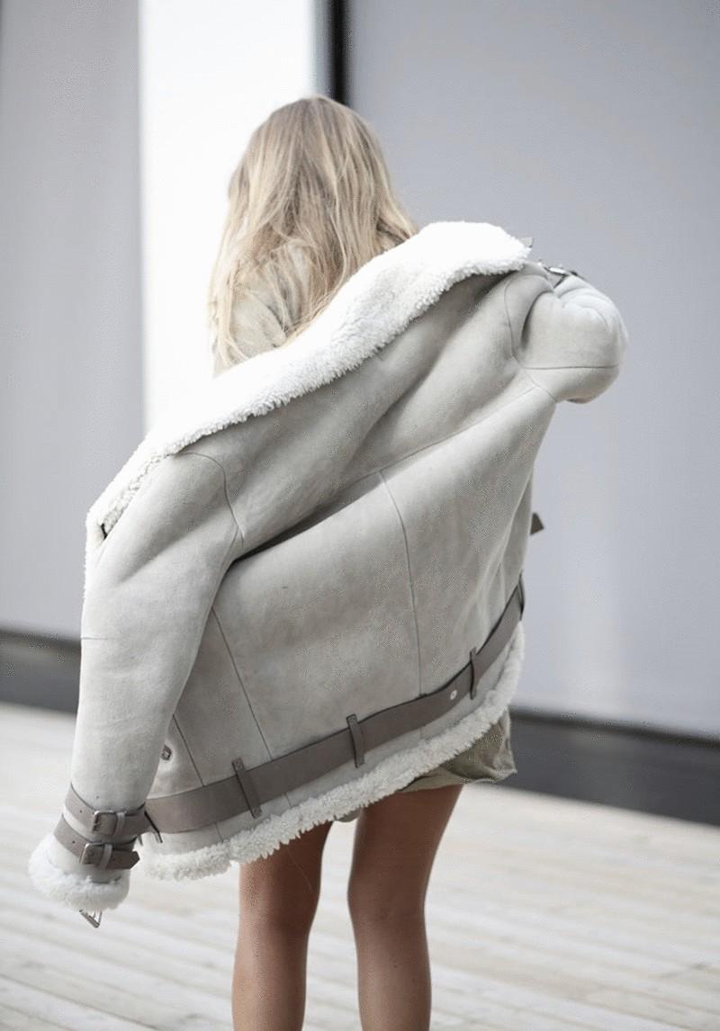 модные женские дубленки 2019-2020: дубленка серая светлая короткая
