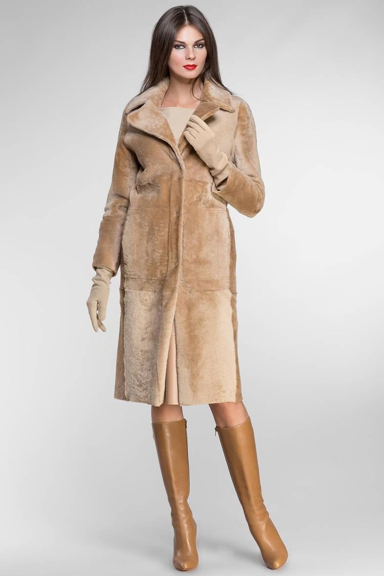 модные женские дубленки 2019-2020: мехом наружу длинная бежевая